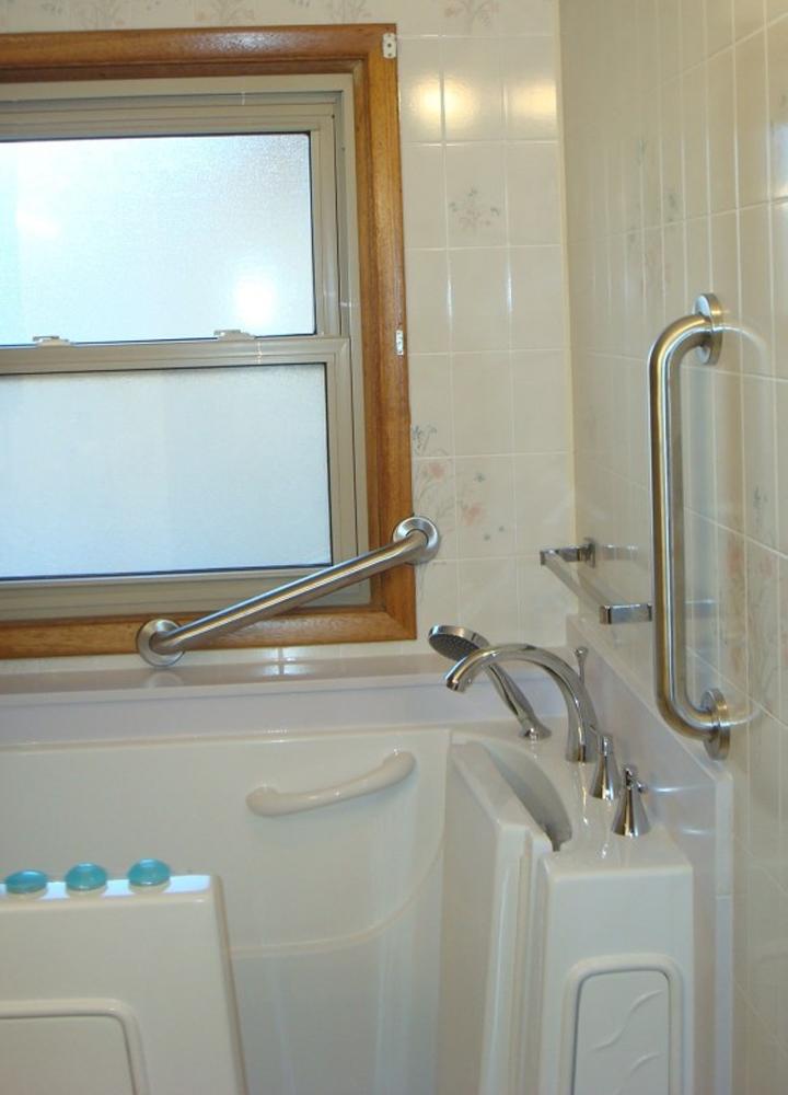 walk in Bathtub for National Bath Safety Month